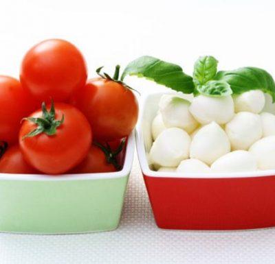 tomates cherry y mozarella